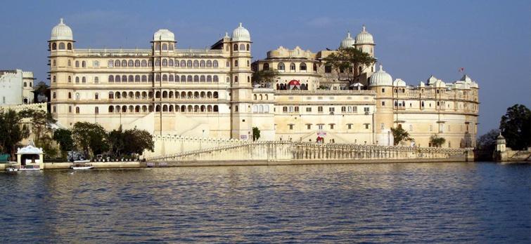 udaipur-lake-city