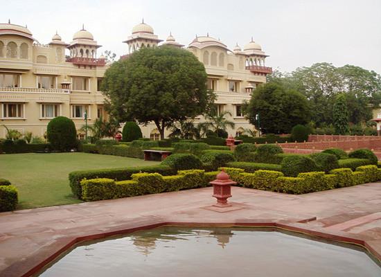 Jai-Mahal-Palace-Hotel-jaipur