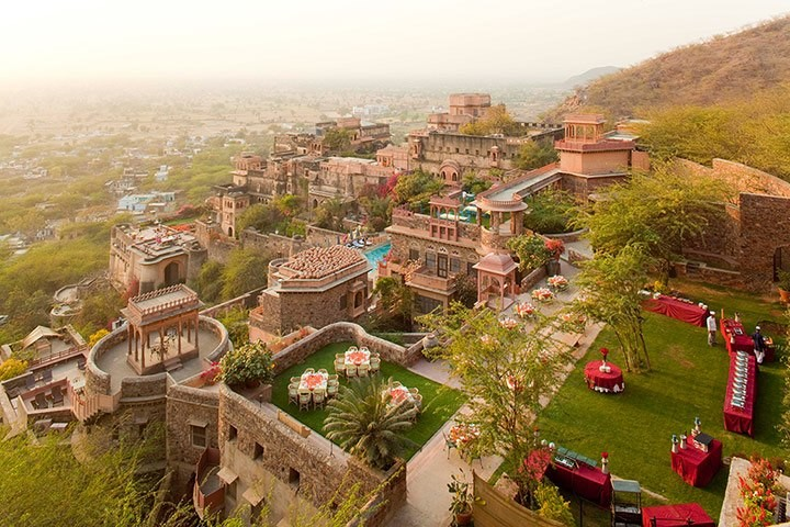 neemrana-fort-palace-alwar