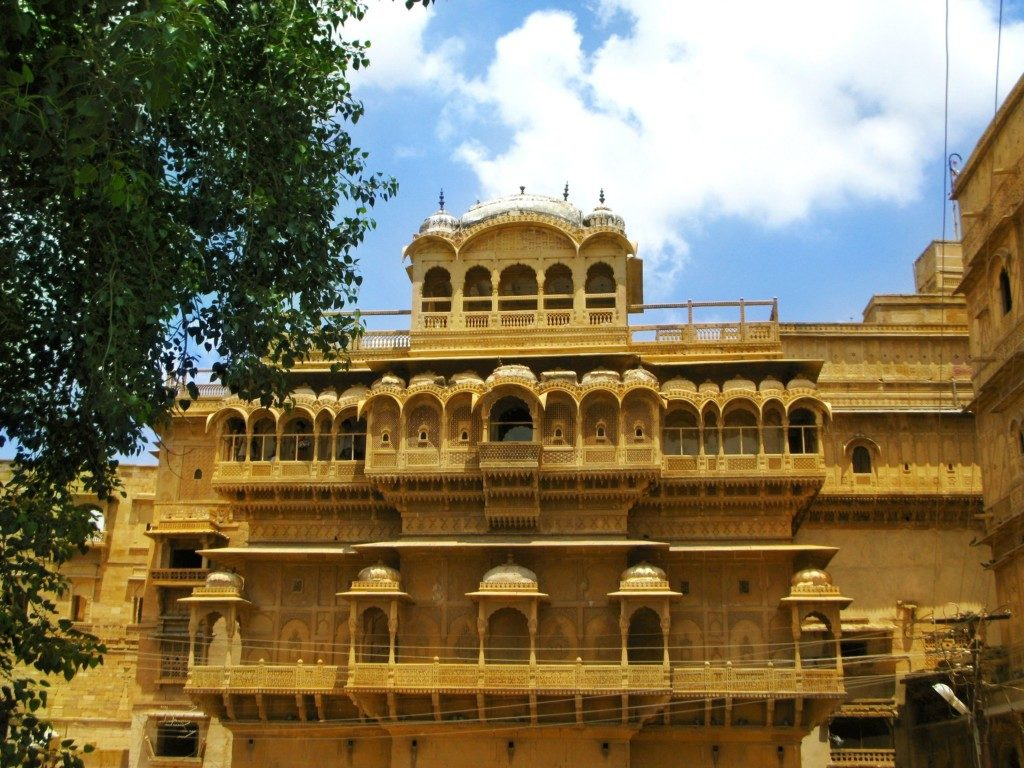 palace-of-the-maharajah-in-jaisalmer