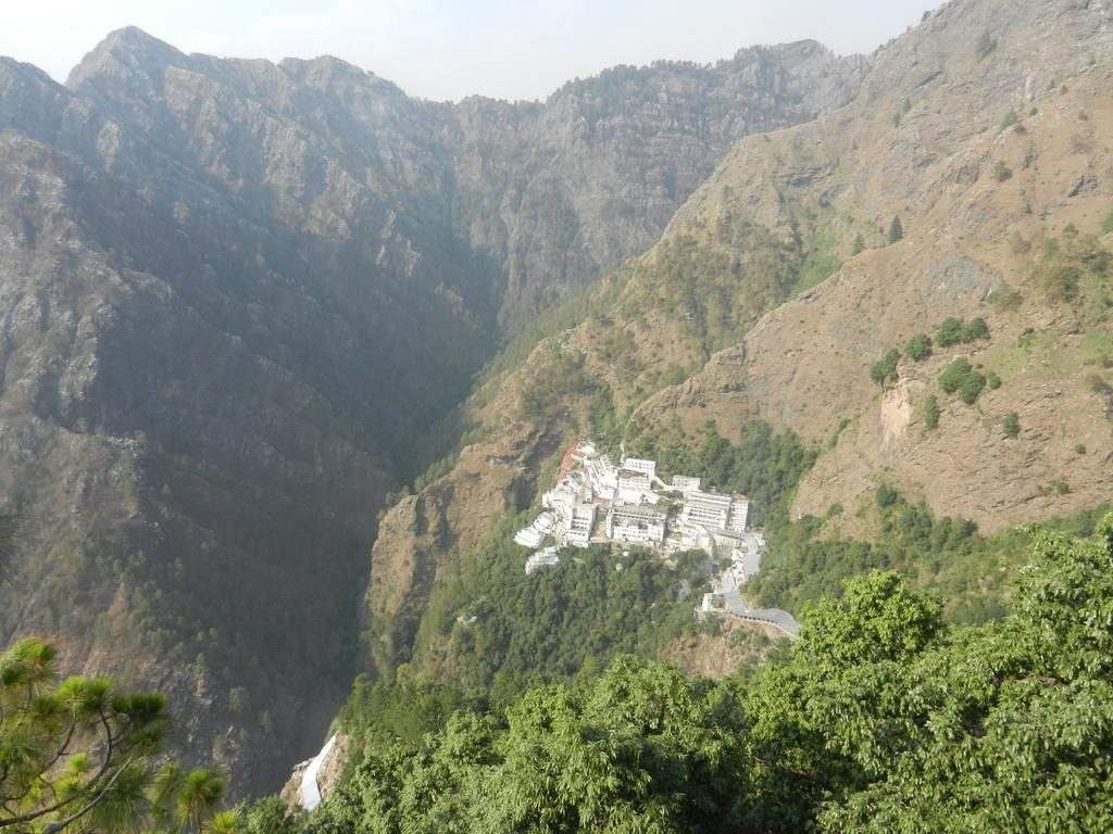 helicopter katra vaishno devi with Famous Tourist Attractions In Jammu Kashmir on Pkg Dtl Vaishno Devi Navratri Special Package additionally Katra Bangang Adkuwari Vaishno Devi moreover Free acc as well Photo Gallery in addition Yatra To Mata Vaishnodevi Cave Shrine.