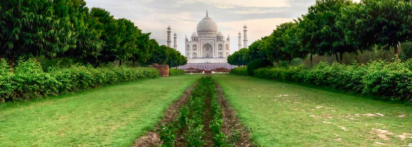 Garden of Taj Mahal, Mughal Garden at Taj Mahal