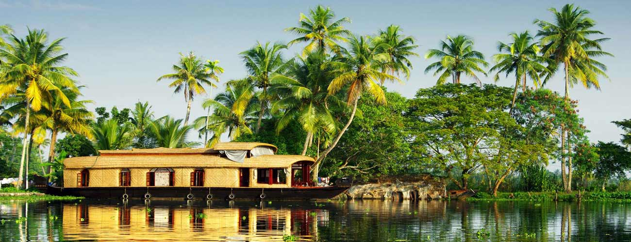 Famous tourist places in kerala tourism travel kerala for Travel planners kerala reviews