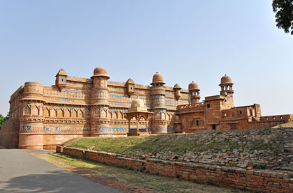 Jaipur Gwalior Car Rental