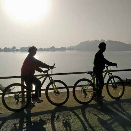 Morning Bicycle Tour in Udaipur