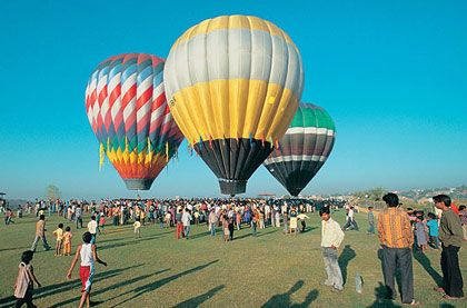 Hot air ballooning pushkar