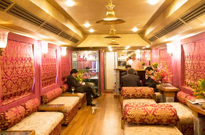 Luxury Trains Rajasthan | Royal Rajasthan On Wheels| Palace