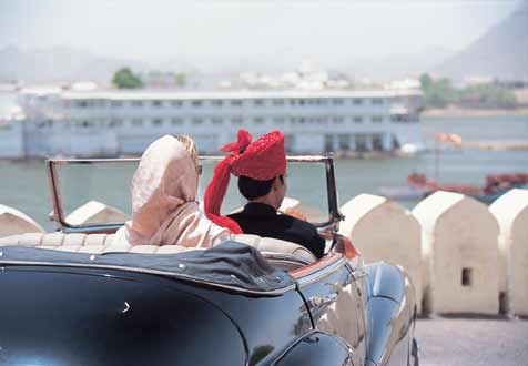 luxury car rental udaipur